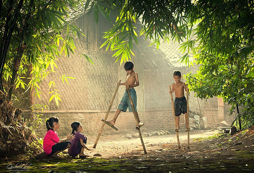children-playing-3