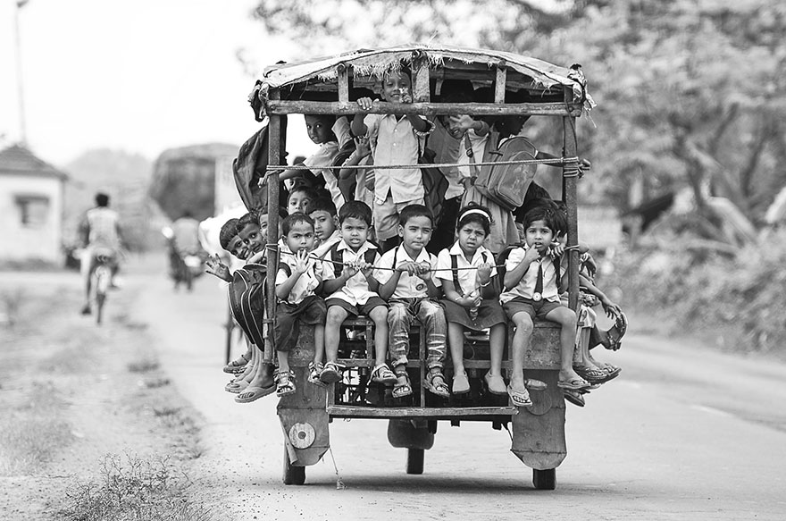 children-going-to-school-15