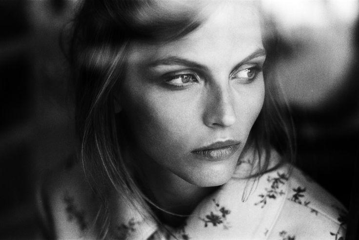 woman-bw-portrait
