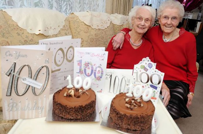 These Twin Sisters Reveal The Secret Of A Long Life While Celebrating Their 100th Birthday thumbnail
