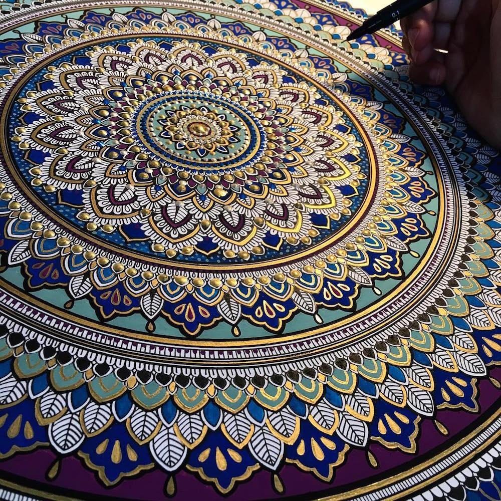 Color art mandala wonders - Share On Facebook