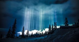 10 Amazing Photos Of Light Pillars - A Magical Masterpiece By Mother Nature Herself