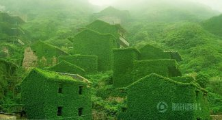 Mother Nature Takes Back What Was Once Hers By Covering Abandoned Houses In A Chinese Village